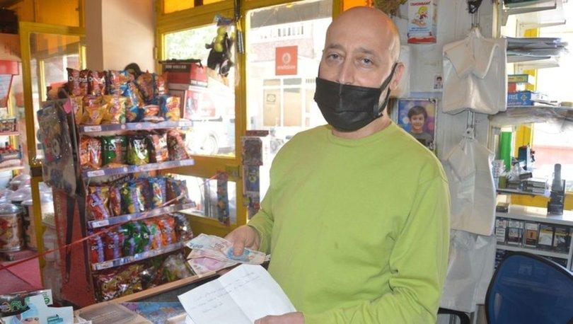 Bakkala zarf içinde para bırakıp, 'çocukken izinsiz aldığım ürünlerin ücreti' notu yazdı