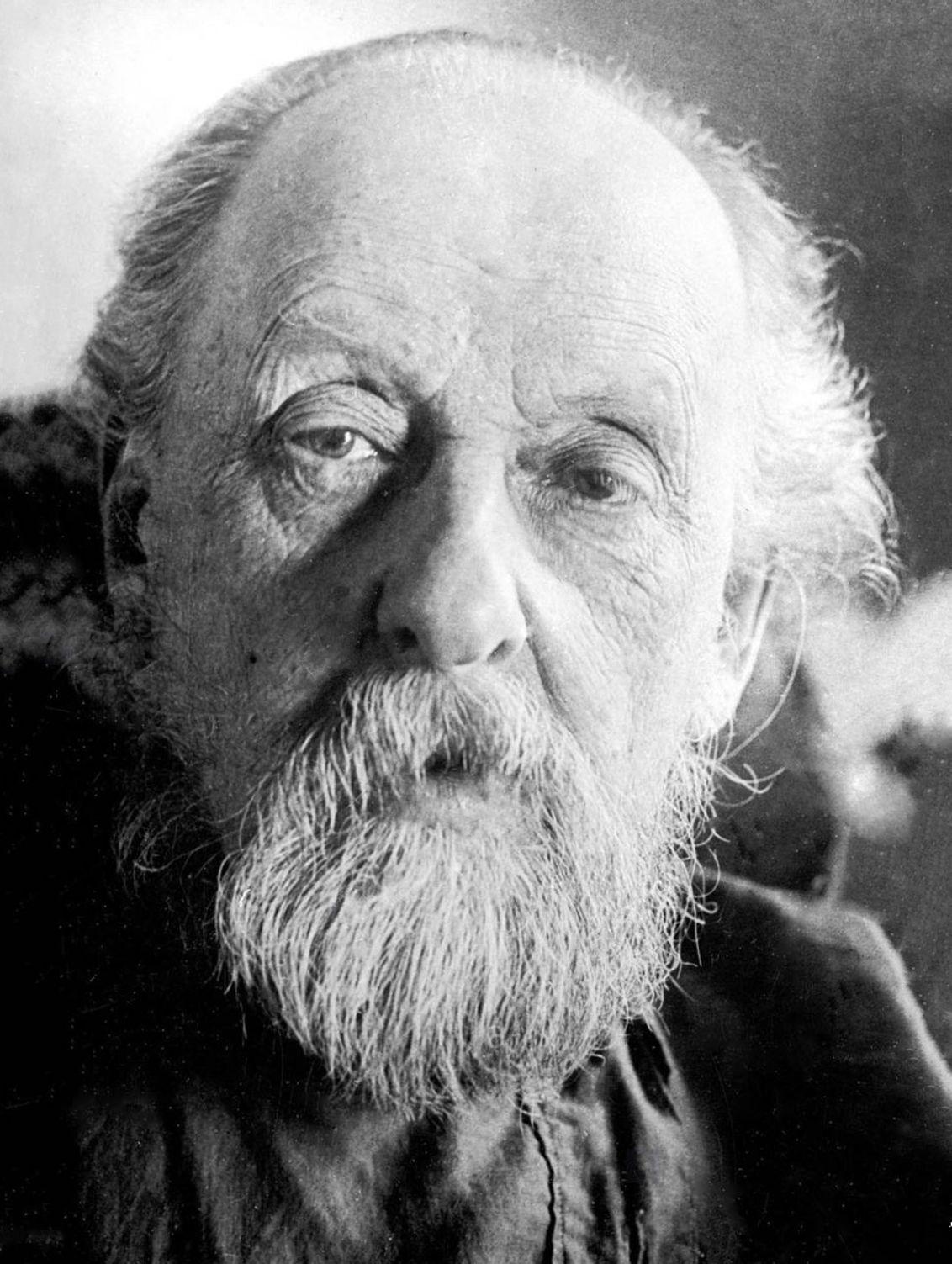 Konstantin Tsiolkovski (1857 - 1935)