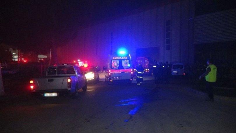 Bursa'da kauçuk fabrikasında yangın: 6 işçi dumandan etkilendi
