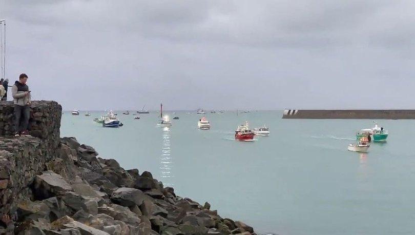 SON DAKİKA: İngiltere-Fransa arasında balıkçılık krizi: Fransa tehdit etmişti, İngiltere'den yeni adım!