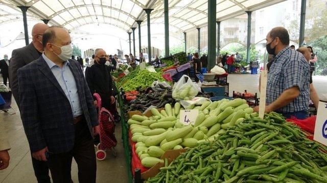 Halk pazarları bir günlük açıldı