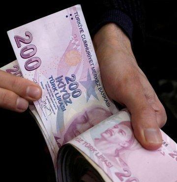 Çalışma ve Sosyal Güvenlik Bakanı Vedat Bilgin, Nisan ayına ilişkin nakdi ücret desteği ödemelerinin 10 Mayıs'ta gerçekleştirileceğini bildirdi.