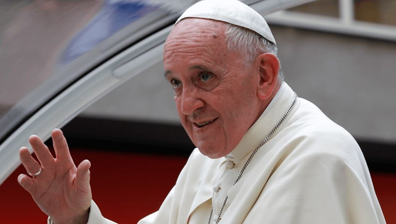 Aşıların patent haklarından vazgeçilmesine ilişkin tartışmalara Papa Francis dahil oldu
