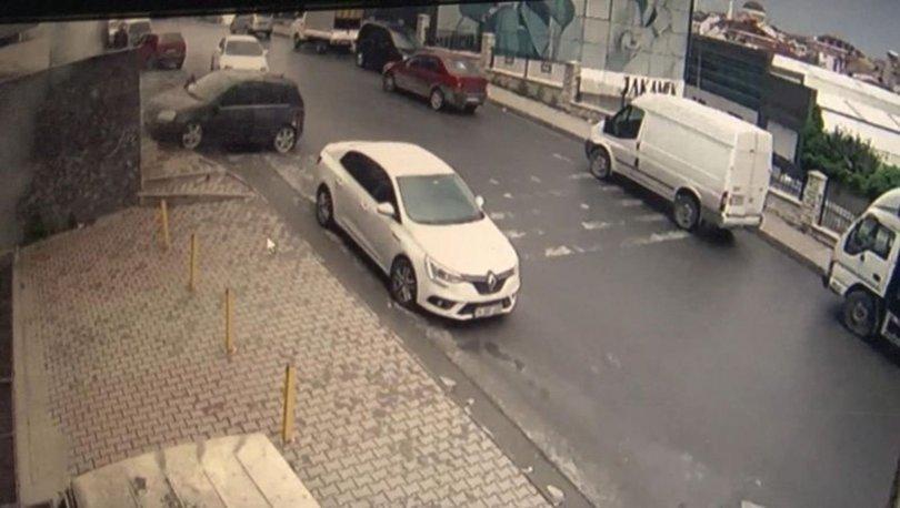 KIL PAYI! Son dakika: Otomobil yokuş aşağı kaydı! İnsanlar saniyelerle kurtuldu
