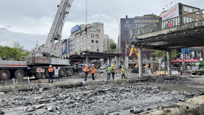 İBB meydan düzenlemesi kapsamında Beşiktaş sahildeki köprüyü kaldırıyor