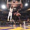 Lakers, Davis'in 42 sayısıyla kazandı