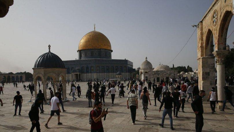 MESCİD-İ AKSA... Son dakika: İsrail polisi haremdeki Filistinlilere saldırdı!