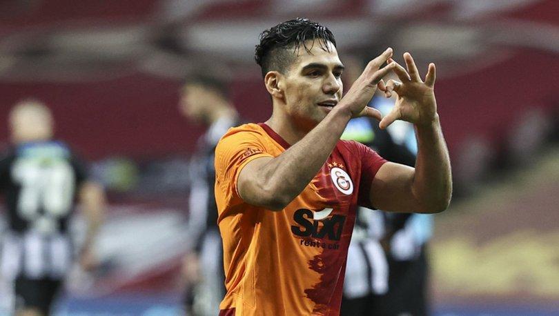 Galatasaray'da Radamel Falcao, Denizlispor maçı kamp kadrosunda yer almadı