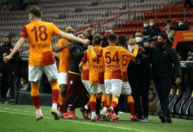 Galatasaray Denizlispor maçı muhtemel 11'leri belli oldu1 Galatasaray Denizlispor maçı saat kaçta hangi kanalda