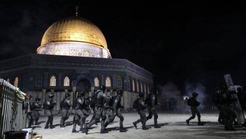 İsrail polisi Mescid-i Aksa'daki cemaate yeniden saldırdı: 281 yaralı