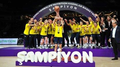 Potada şampiyon Fenerbahçe