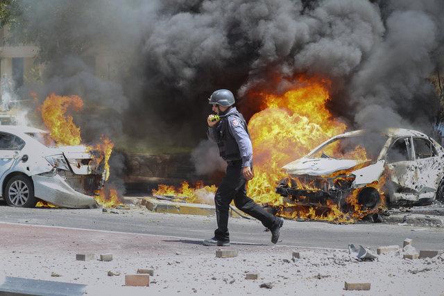 SON DAKİKA: İsrail yine saldırdı! Tüm gece Gazze'yi vurdu! - Haberler