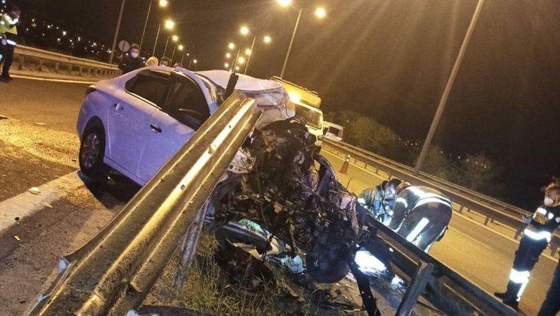 TEM Otoyolu'nda feci kaza: Bariyere çarpan otomobilin motoru fırladı, sürücü öldü