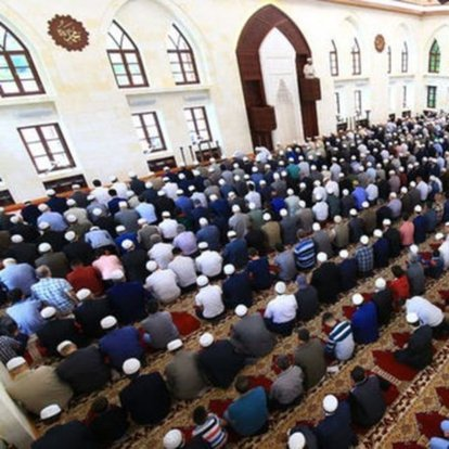 Ramazan Bayramı namazı saat kaçta? Diyanet açıkladı: 13 Mayıs il il bayram namazı vakitleri! Bayram namazı kaç