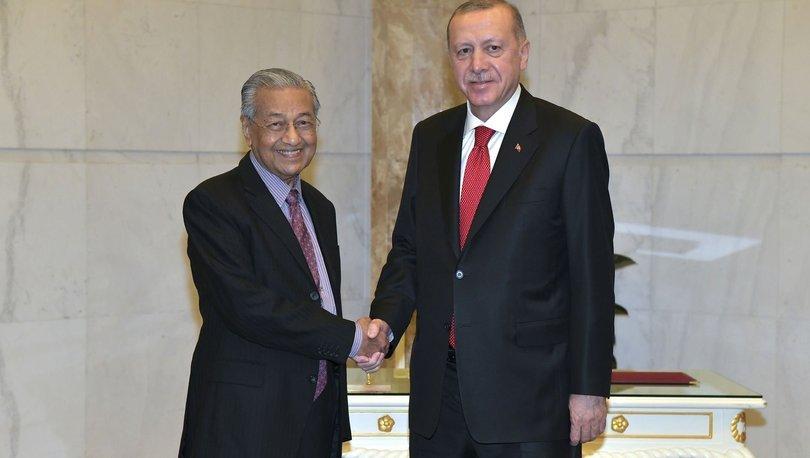 Son dakika haberi Cumhurbaşkanı Erdoğan, Mahathir Muhammed ile görüştü