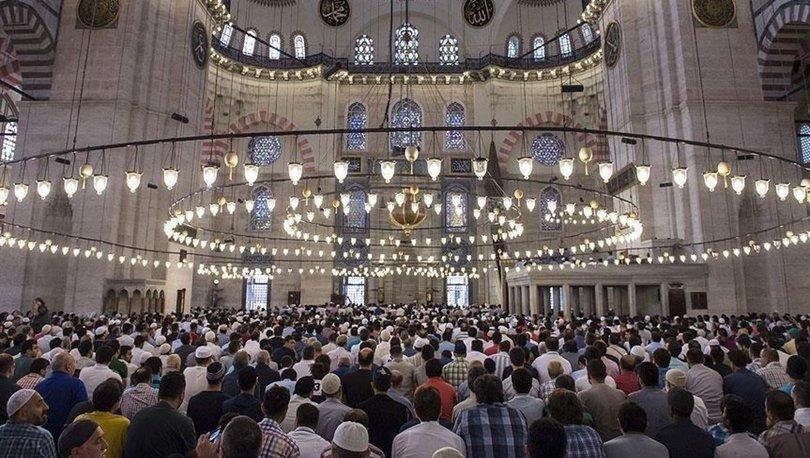 Cuma namazı kılınacak mı? Cuma günü camiler açık mı?