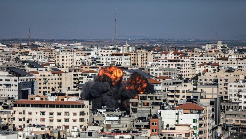 İsrail'in saldırılarında Gazze Şeridi'nde onlarca bina yerle bir oldu