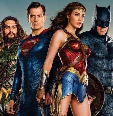 Marvel ve DC Comics'ten farklı bir süper kahraman hikayesi anlatan 'Jupiter's Legacy' dizisinin gündemde olduğu şu günlerde internette seyredebileceğiniz süper karman filmlerini en kötüsünden en iyisine doğru sıraladık. Habertürk film eleştirmeni Mehmet AÇAR'ın yazısı.