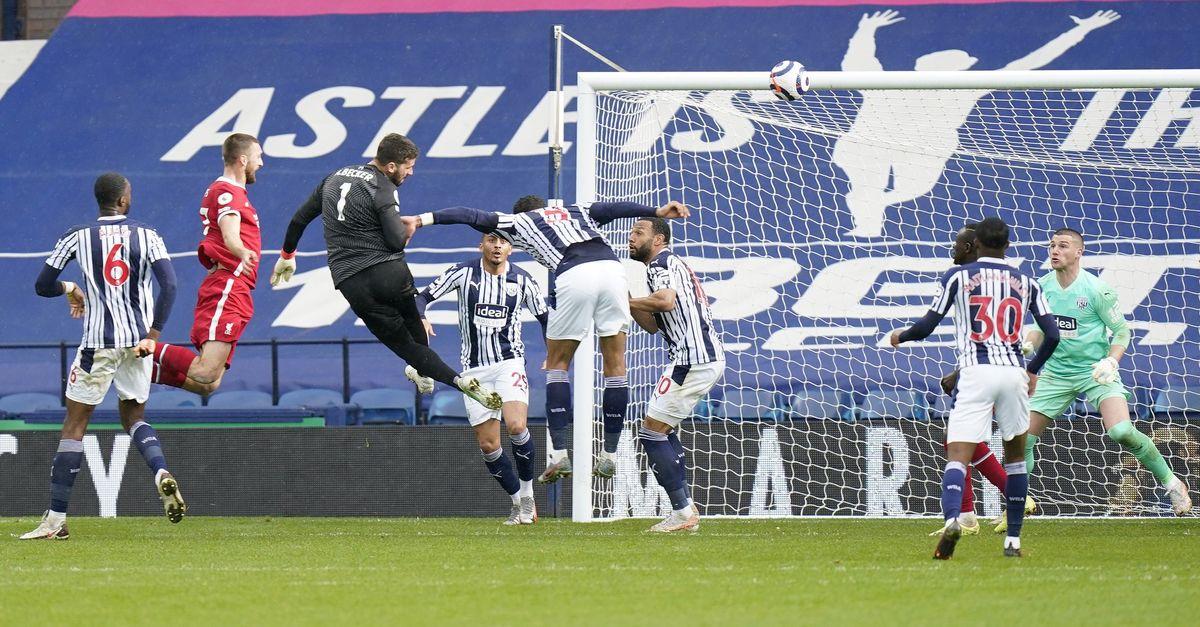 Liverpool kalecisinin golüyle kazandı!