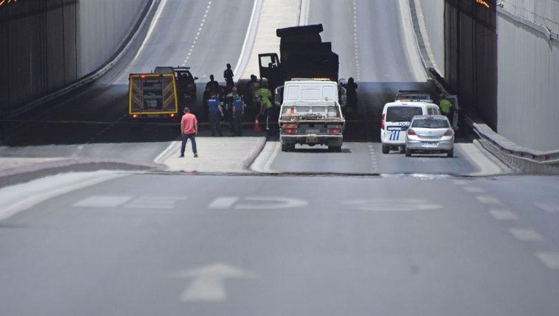 TIR'a çarpan otomobilin sürücüsü ve kızı öldü, eşi ve diğer 2 çocuğu yaralandı