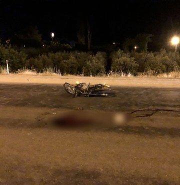 Kamyonet motosiklete çarptı: 1 ölü, 1 yaralı