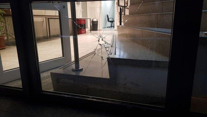 Almanya'da kundaklandığı öne sürülen Türk marketinde hasar oluştu