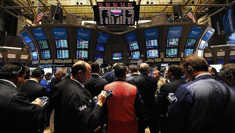 Küresel piyasalar yoğun veri gündemi ve merkez bankası yetkililerinin açıklamalarına odaklandı