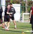 """Önümüzdeki sezon Almanya'nın Eintracht Frankfurt takımda forma giyecek olan Ali Akman, transfer sürecinde yaşananlarla ilgili, """"O dönem benim için zor geçti. Kader bana bunu yaşatacakmış. Kimseye kötü bir şey beslemiyorum"""" dedi"""