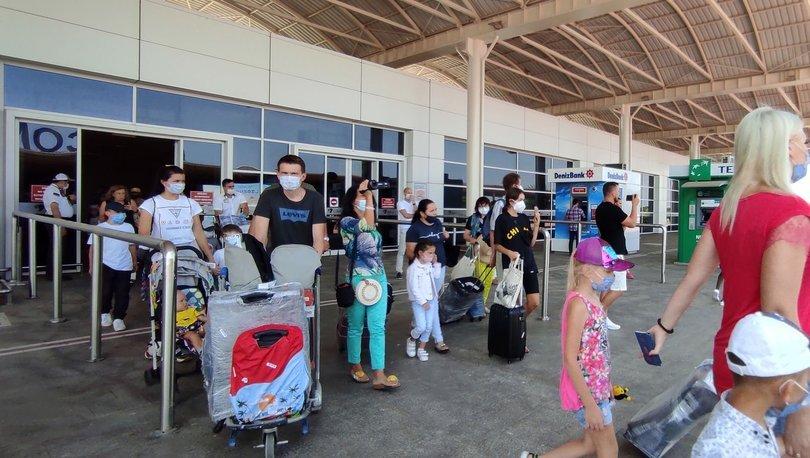 Rus turistlerin yüzde 60'tan fazlası kısıtlamalara rağmen Türkiye tatilini iptal etmedi
