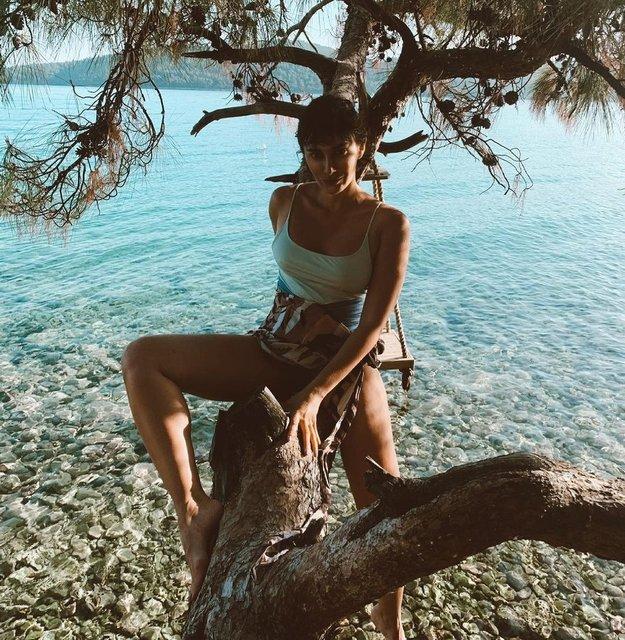 Nesrin Cavadzade mavi tura çıktı - Magazin haberleri
