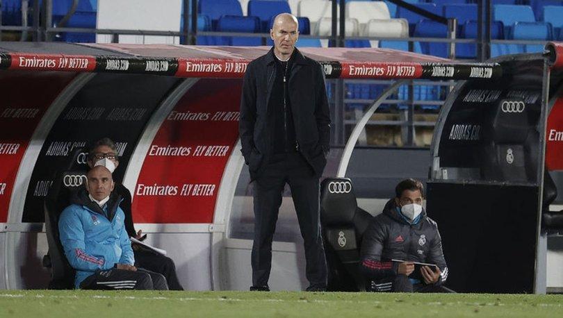 Real Madrid'de Zidane ile yollar ayrıldı