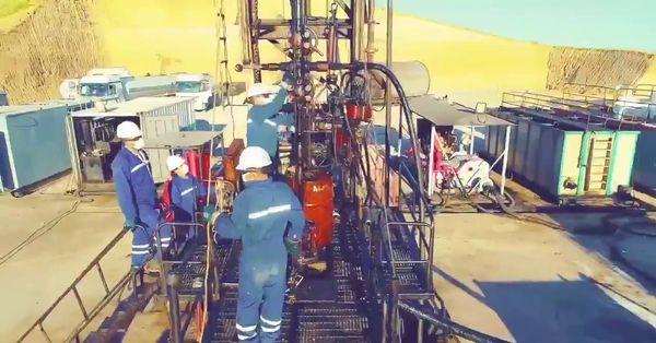 Bakan Dönmez: 3 yeni kuyuda petrol keşfettik