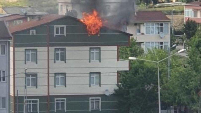 Çatı yangınında 2 kişi dumandan etkilendi - Haberler