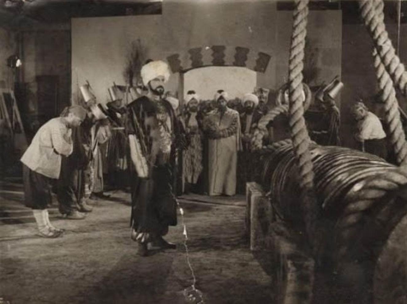 Fatih Sultan Mehmed'i Sami Ayanoğlu canlandırdı.
