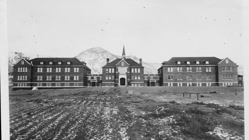 Kanada'da 1978 yılında kapatılan yatılı okulun alanında 215 çocuğun gömüldüğüne dair kanıt !