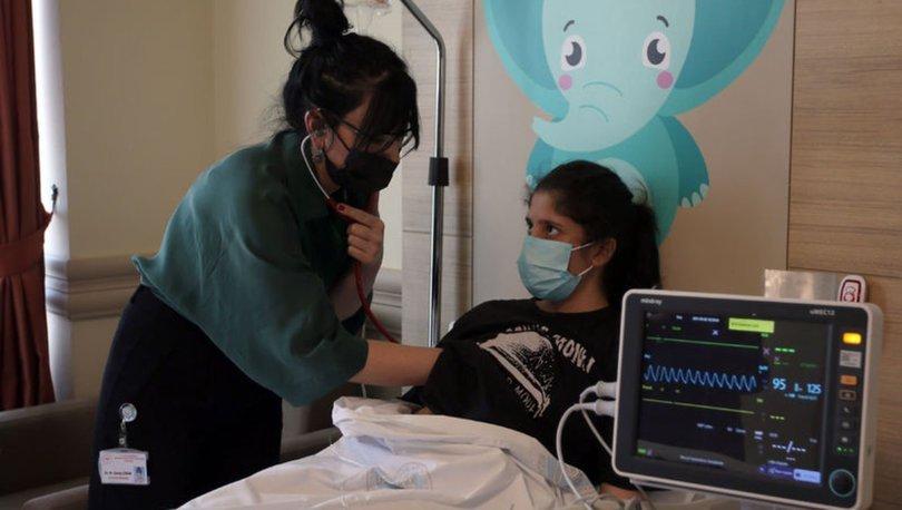 Kalbi delik çocuklar ameliyatsız yöntemle tedavi edildi