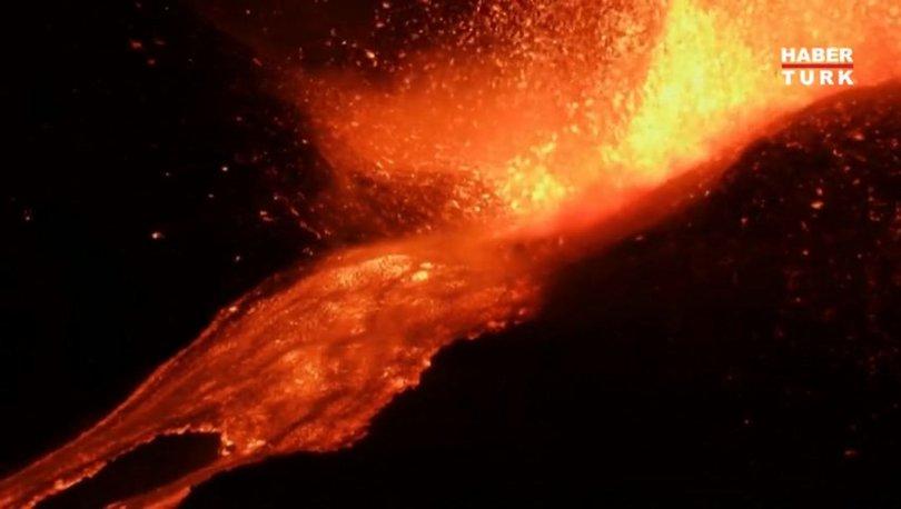 SON DAKİKA: Etna Yanardağı yeniden faaliyete geçti: Büyüleyen görüntü! - Haberler