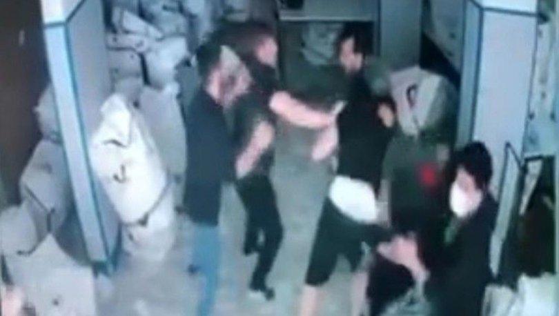 SOKAK KAVGASI! 'Yan baktın' diyerek kavgaya tutuştular, 2 kişi yaralandı - Haberler