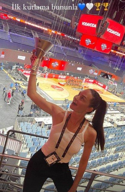 Anadolu Efes şampiyon oldu, Yasemin Özilhan coştu! - Magazin haberleri