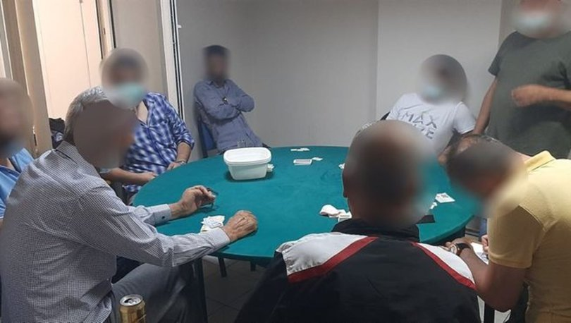 Balıkesir'de kumar baskını: Şüphelilere ceza yağdı, mekan mühürlendi