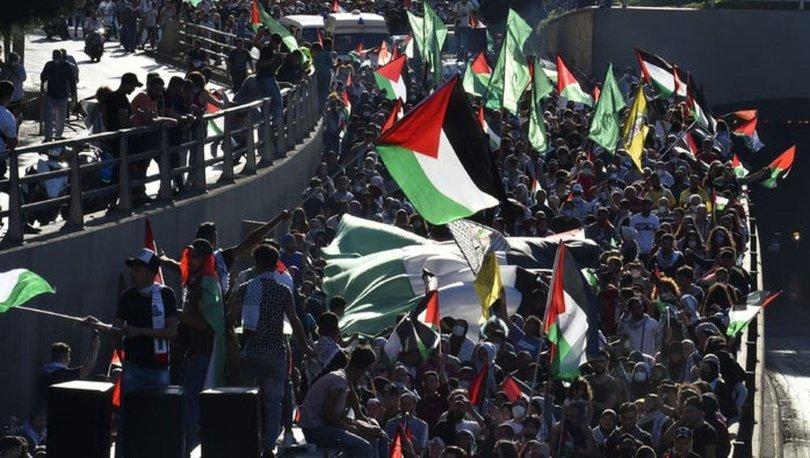 Lübnan'da yaşayan Filistinli mülteciler, Gazze direnişini kutladı