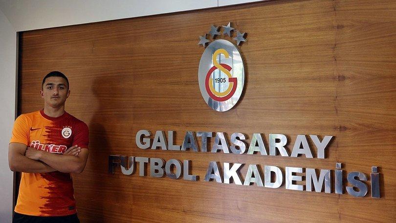 Galatasaray, Berkan Mahmut Keskin ile profesyonel sözleşme imzaladı