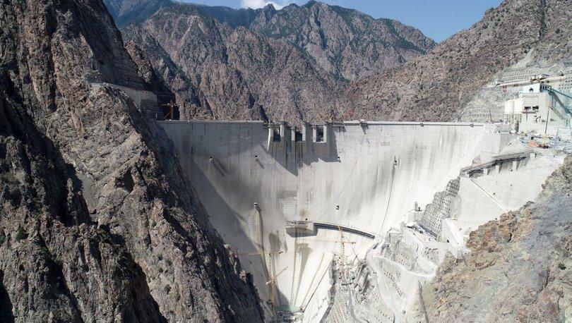 Yusufeli Barajı gövde inşaatı çalışmaları tamamlandı