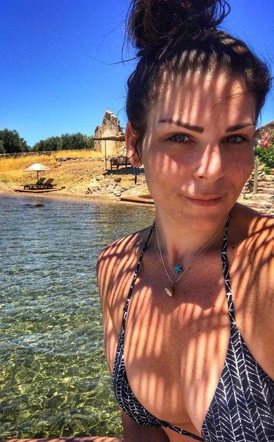 OLAY FOTO! Pelin Öztekin'den bikinili poz! 93 kilo vermişti - Son dakika Magazin haberleri