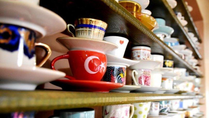 3 bin kahve fincanı ile koleksiyon oluşturdu