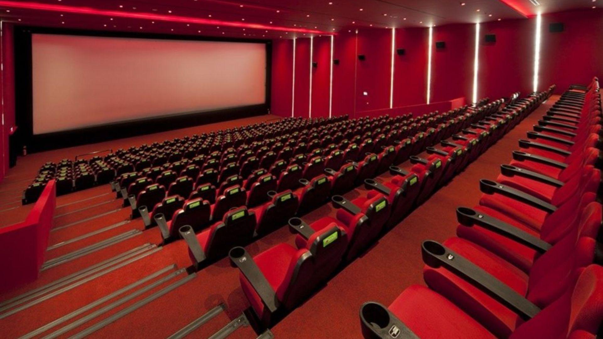 Sinemaların açılışı 1 Temmuz'a ertelendi