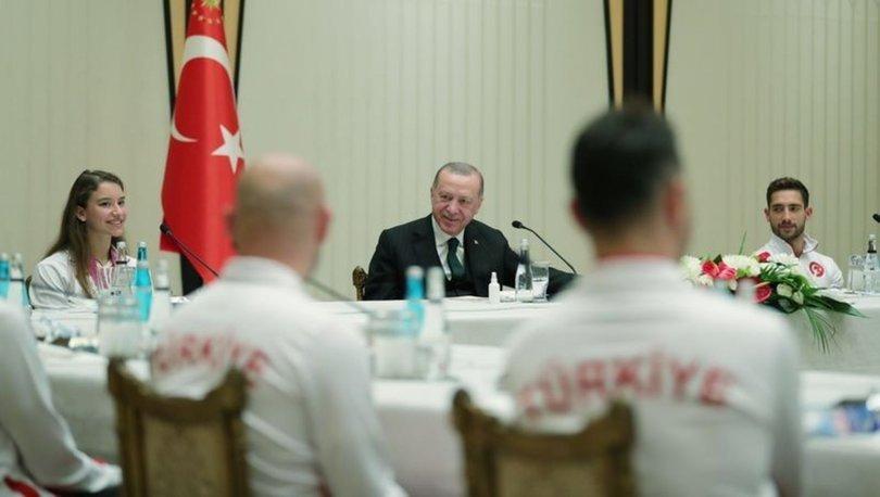 Cumhurbaşkanı Erdoğan, Avrupa ve Dünya şampiyonalarında madalya alan cimnastikçileri kabul etti