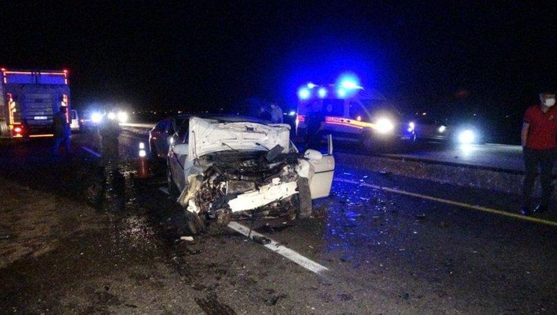 Diyarbakır'da iki otomobil çarpıştı: 4'ü ağır, 6 yaralı