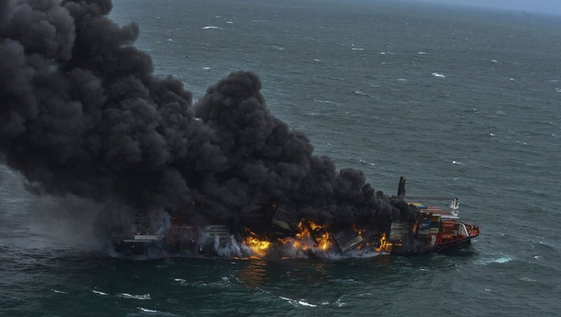 YANARAK BATIYOR! Son dakika: Sri Lanka'da günlerdir yanan konteyner gemisi batıyor - Haberler