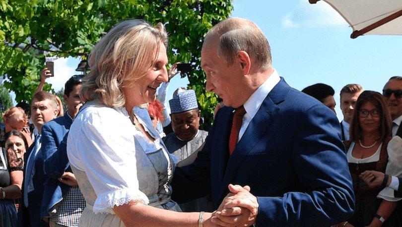 SON DAKİKA: Putin ile görüntüleri çok konuşulmuştu! Avusturyalı eski bakan, Rus petrol devinin yönetiminde!